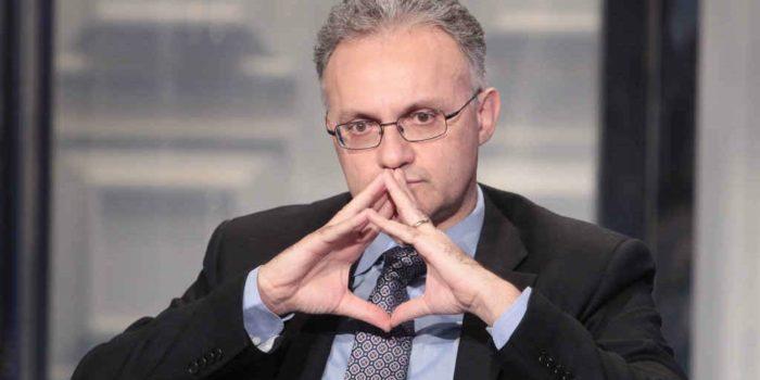 #F35. Ministro Mauro
