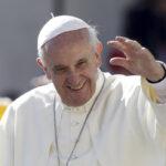 La pace pasquale di papa Francesco: Lavare i piedi (accoglienza) e fermare le guerre (disarmo)