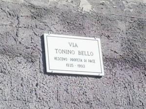 via Tonino Bello targa