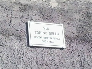 via Tonino Bello targa