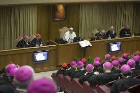 L'eloquenza dei gesti: papa Francesco ai vescovi italiani