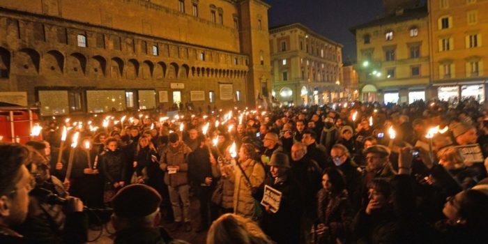 12 Marzo, Bologna – Bologna accende la pace