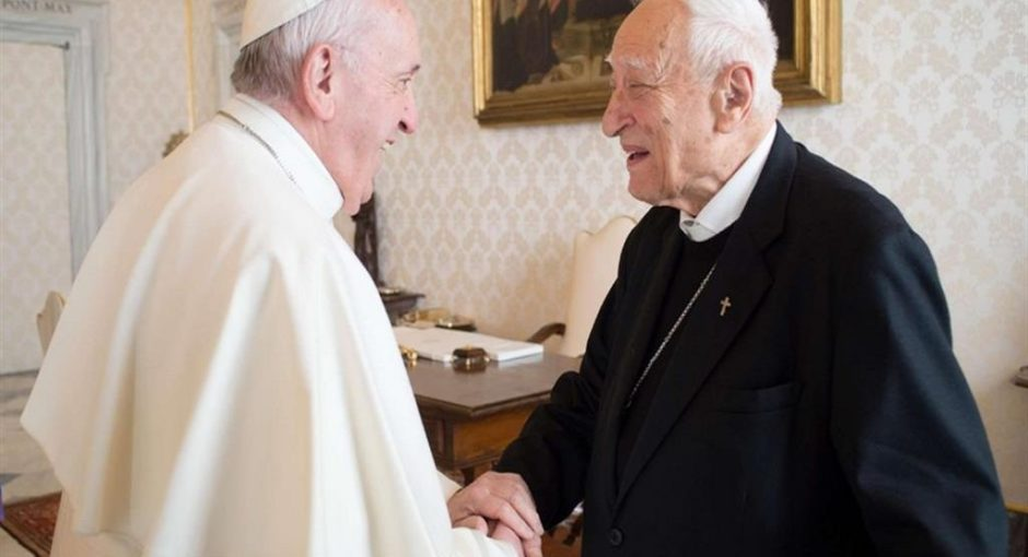 Auguri vescovo Luigi Bettazzi, già Presidente internazionale e nazionale di PaxChristi, per i tuoi 97 anni!