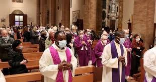 """I vescovi cattolici chiedono al Regno Unito di """"abbandonare il proprio arsenale nucleare"""""""