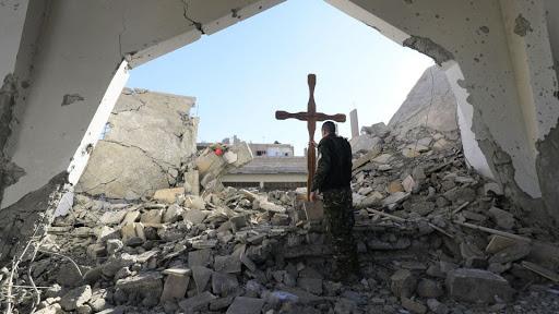Vicario di Aleppo: guerra e sanzioni hanno distrutto il mosaico siriano